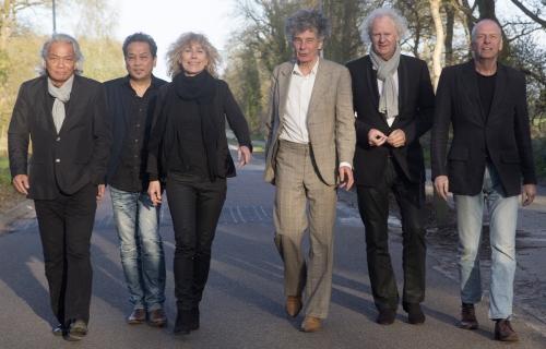 Barrelhouse / Ruben Hoeke Band