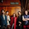 Foto Between the Jars (album release)