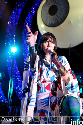 Yeah Yeah Yeahs op Yeah Yeah Yeah's - 29/4 - Paradiso foto