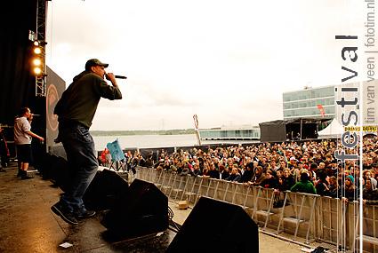 Osdorp Posse op Bevrijdingsfestival Flevoland 2009 foto