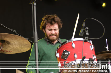 Liam Finn op Bevrijdingsfestival Groningen 2009 foto