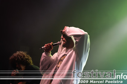 Kyteman's Hiphop Orkest op Vlaamse Reuzen Hollandse Leeuwen 2009 foto