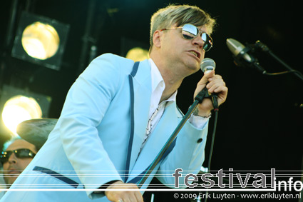 Foto Me first and the Gimme Gimmes op Pinkpop 2009