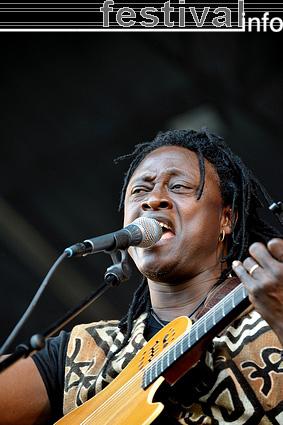 Habib Koité op Parkpop 2009 foto