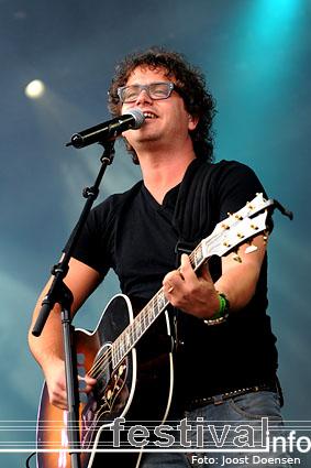 Foto Guus Meeuwis op Bospop 2009