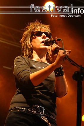Lucinda Williams op Bospop 2009 foto