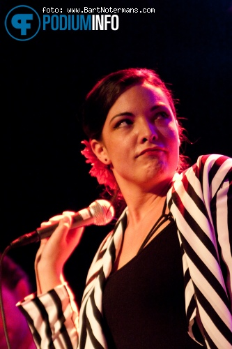 Caro Emerald op Caro Emerald - 27/3 - 013 foto
