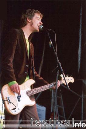 Foto The Dollybirds op Beeckesteinpop 2001