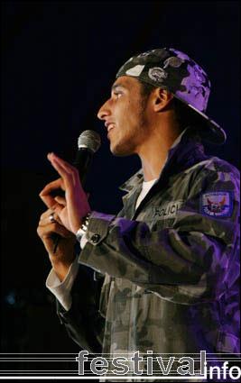 Ali B op Artquake 2005 foto
