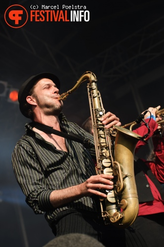 Babylon Circus op Metropolis 2010 foto