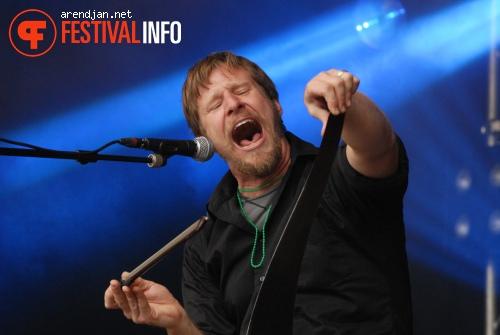 Foto Guy Forsyth op Westerpop 2010