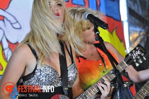 Malle Pietje & The Bimbos op ValtiFest 2010 foto