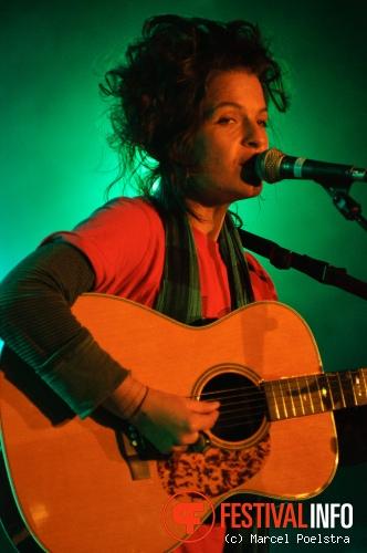 Jesca Hoop op Into The Great Wide Open 2010 foto