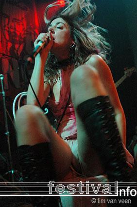 Queen Adreena op London Calling #2 2005 foto