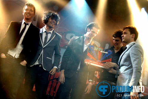 Handsome Poets op 3FM Serious Talent Awards - 10/4 - Melkweg foto