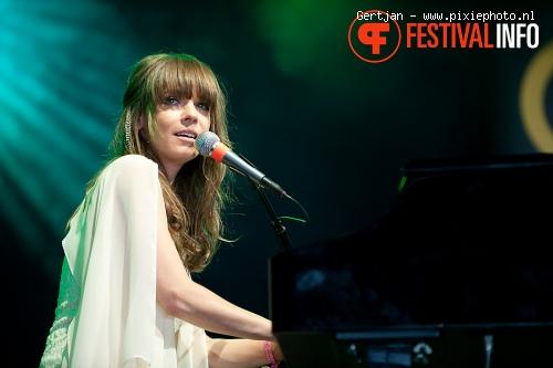 Laura Jansen op Pinkpop 2011 foto