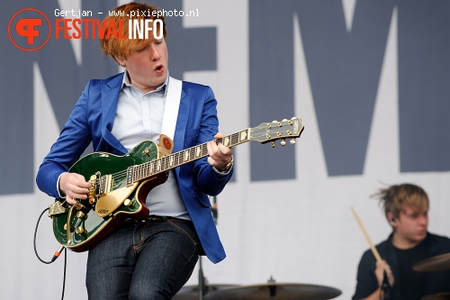 Two Door Cinema Club op Pinkpop 2011 foto