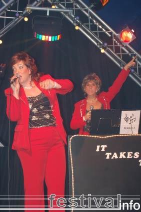 It Takes Two op Paaspop Schijndel 2006 foto