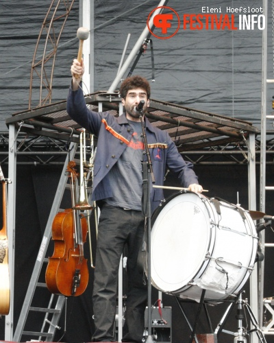 Les Ogres de Barback op Dour Festival 2011 foto