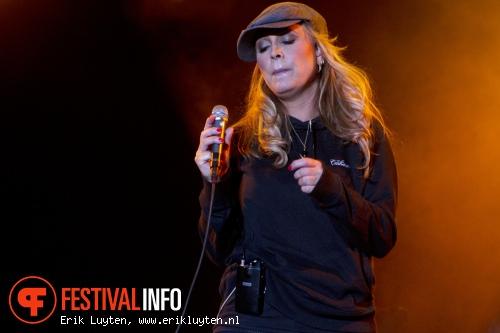 Anouk op Bospop 2011 foto
