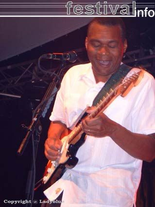 Foto Robert Cray op Moulin Blues 2006