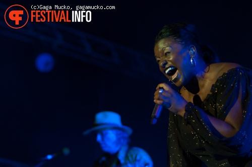 Primal Scream op Off Festival 2011 foto