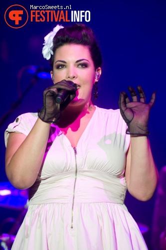 Foto Caro Emerald op Appelpop 2011 - dag 2 zaterdag