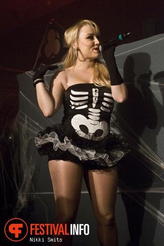 T-Spoon op Monsters Ball Halloween Rave 2011 foto
