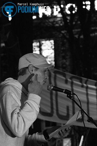 Justin Samgar op DJ Isis - 4/11 - Beursplein foto