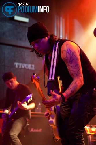 Kinkobra op The Pretty Reckless - 16/11 - Tivoli foto