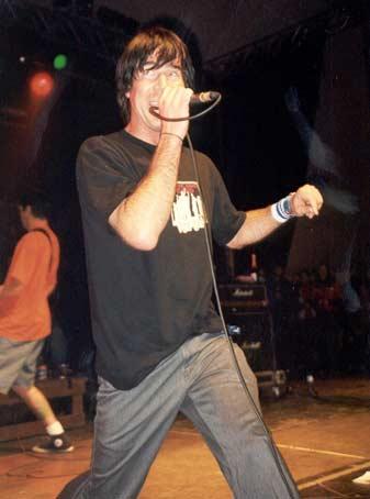 Guttermouth op Groezrock 2002 foto