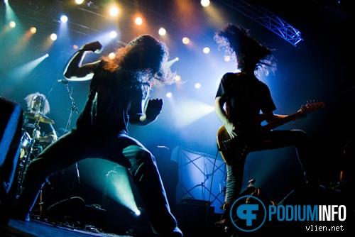 Warbringer op Arch Enemy - 9/12 - 013 foto