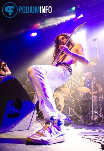 Vanderbuyst op Thin Lizzy - 8/2 - 013 foto