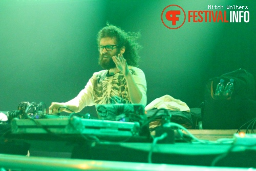 The Gaslamp Killer op 5 Days Off 2012 foto