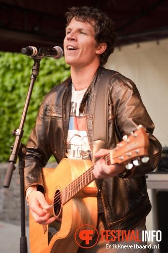 John Hill op Bevrijdingsfestival Overijssel 2012 foto