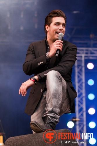Waylon op Bevrijdingsfestival Overijssel 2012 foto