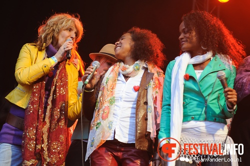 Foto The Masterpeace Imagine Tour op Bevrijdingsfestival Den Haag 2012