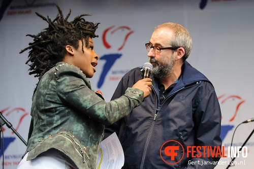 Ronald Giphart op Bevrijdingsfestival Den Haag 2012 foto