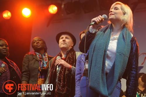 The Masterpeace Imagine Tour op Bevrijdingsfestival Den Haag 2012 foto