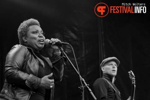 Lefties Soul Connection op Bevrijdingspop Haarlem 2012 foto