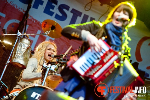 Katzenjammer op Bevrijdingsfestival Utrecht foto