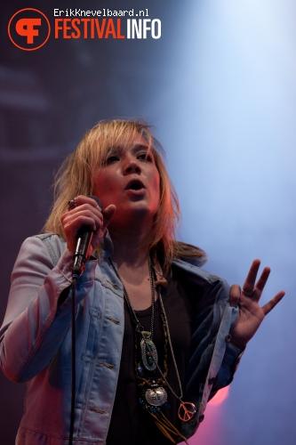 Serena Pryne & the Mandevilles op Pinkpop 2012 - Maandag foto