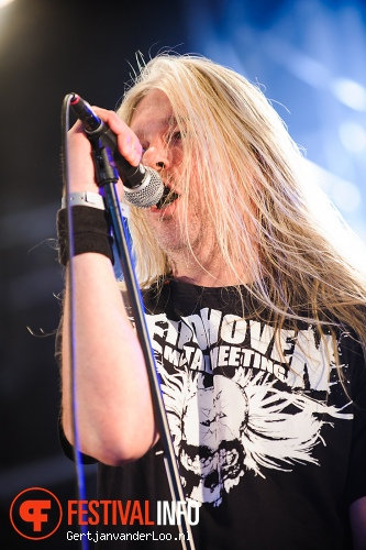 Asphyx op Fortarock 2012 foto
