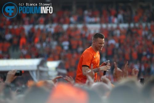 Gers Pardoel op Guus Meeuwis - 17/6 - Philips Stadion foto