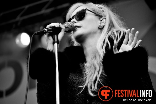 Foto The Asteroids Galaxy Tour op Parkpop 2012