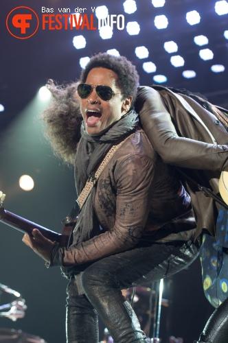 Lenny Kravitz op Bospop 2012 foto
