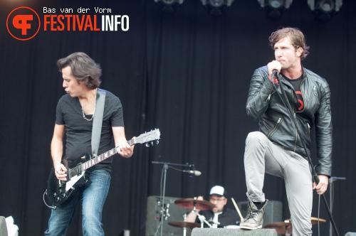 Jonas & The Massive Attraction op Bospop 2012 foto