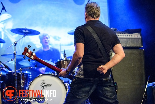 Foto Peter Hook op Summer Darkness 2012