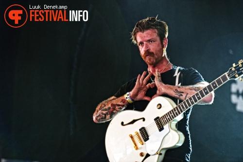 Eagles of Death Metal op Lowlands 2012 - dag 2 foto