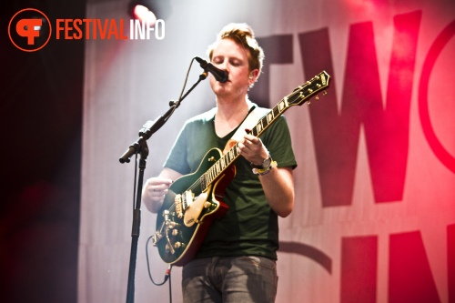 Foto Two Door Cinema Club op Lowlands 2012 - dag 2